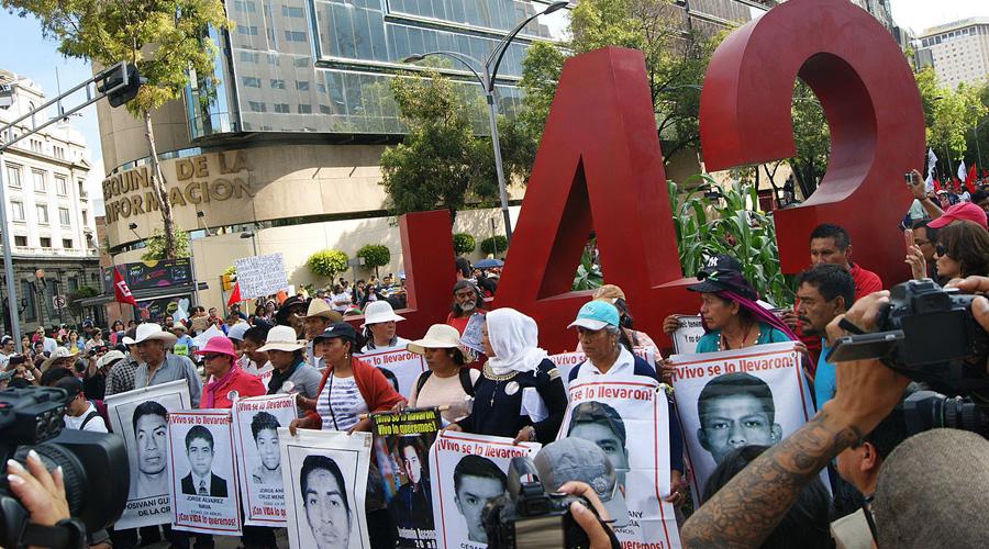 A cuatro años, caso alrededor de Ayotzinapa no tiene investigación | El Imparcial de Oaxaca