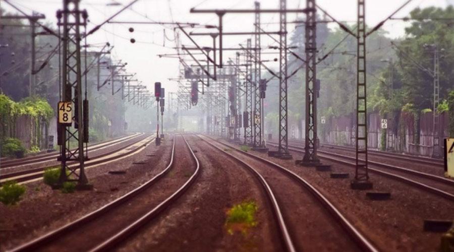 Abordar un tren en India 'no es para principiantes' | El Imparcial de Oaxaca