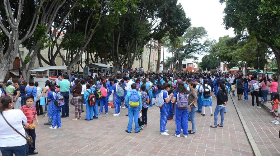 Estudiantes en Oaxaca, toman a broma alertas sísmicas | El Imparcial de Oaxaca