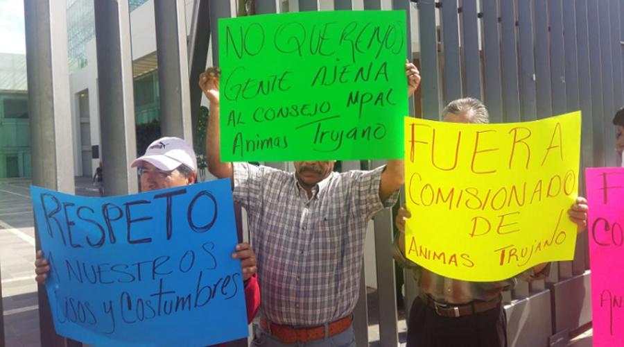 Habitantes de Ánimas  Trujano protestan  en el Congreso Local de Oaxaca   El Imparcial de Oaxaca
