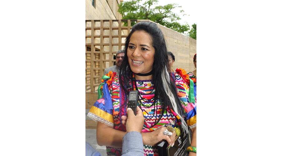 Pide Lila Downs la apertura del CIMO   El Imparcial de Oaxaca