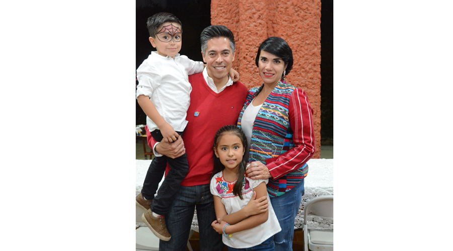 Reunión familiar | El Imparcial de Oaxaca