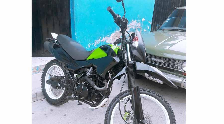 En Santa Lucía del Camino, abandonan moto  tras ser robada | El Imparcial de Oaxaca