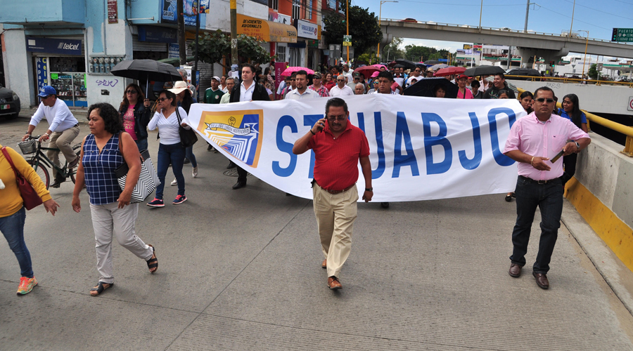 Estallaría STEUABJO  huelga en la Universidad | El Imparcial de Oaxaca