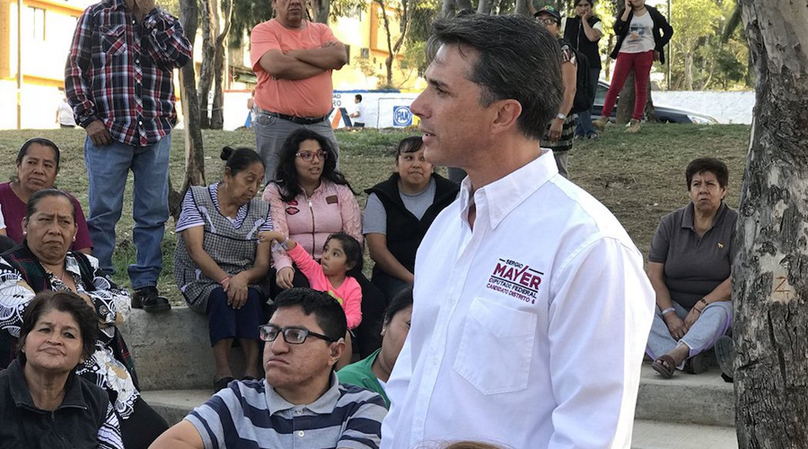 Sergio Mayer confunde biblioteca con librería   El Imparcial de Oaxaca