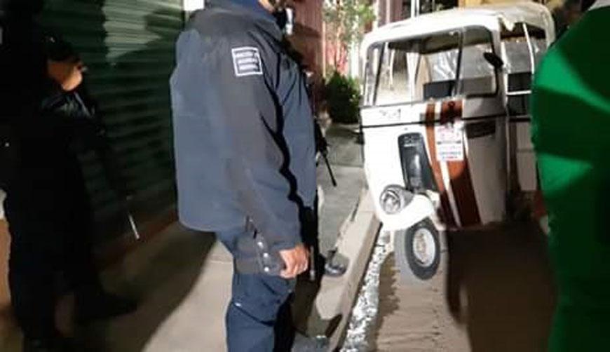 Mototaxistas de Atzompa agreden a policías   El Imparcial de Oaxaca