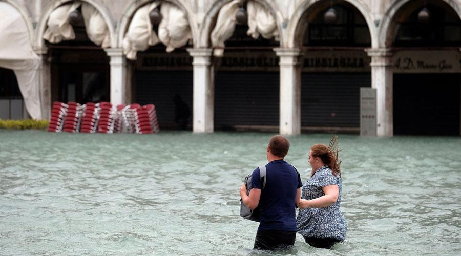 Temporal inunda Venecia, más de lo normal | El Imparcial de Oaxaca