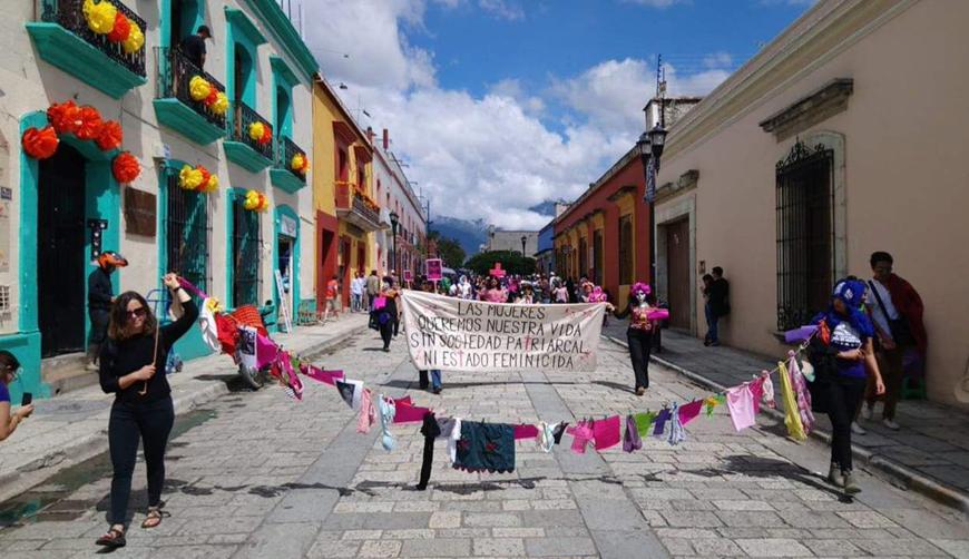 Marchan contra feminicidios; reportan 228 casos en Oaxaca | El Imparcial de Oaxaca