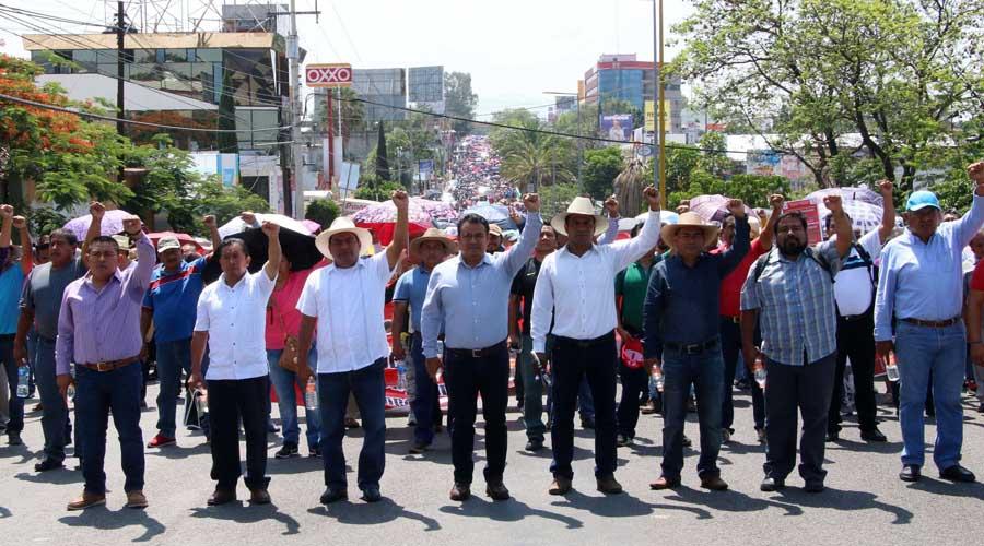 Con marcha, Sección 22 pedirá a nueva legislatura aprobar PTEO   El Imparcial de Oaxaca