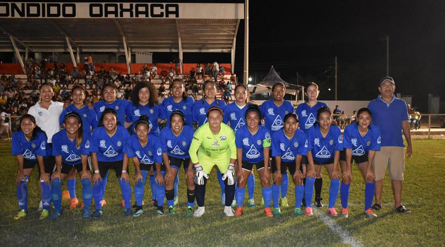 Equipo femenil de futbol de la UABJO se corona campeón en Puerto Escondido   El Imparcial de Oaxaca