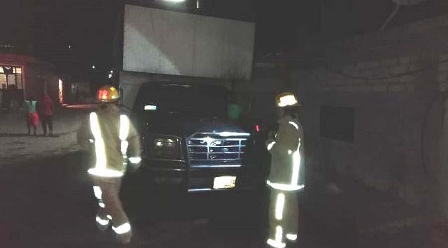Lanzan gasolina a vehículo cargado con pirotecnia en Huajuapan | El Imparcial de Oaxaca
