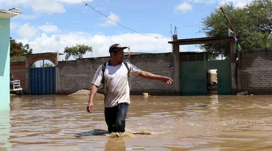 Suman 16 muertos por lluvias en Oaxaca; sin apoyo sus familiares | El Imparcial de Oaxaca
