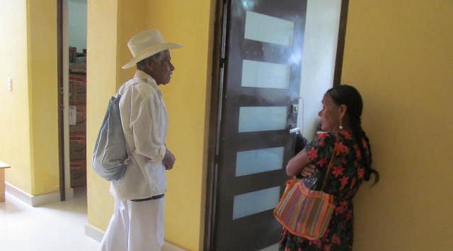 Exigen compromiso a la oficial  del Registro Civil en Chilchotla | El Imparcial de Oaxaca