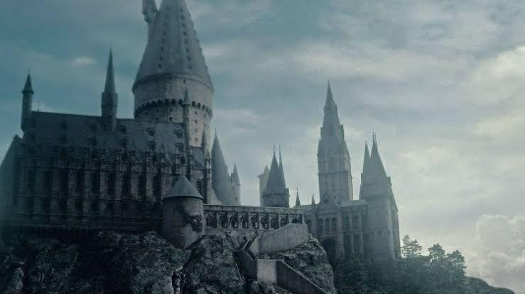 Justo en la pobreza, esto es lo que costaría ir a Hogwarts en el mundo mágico | El Imparcial de Oaxaca