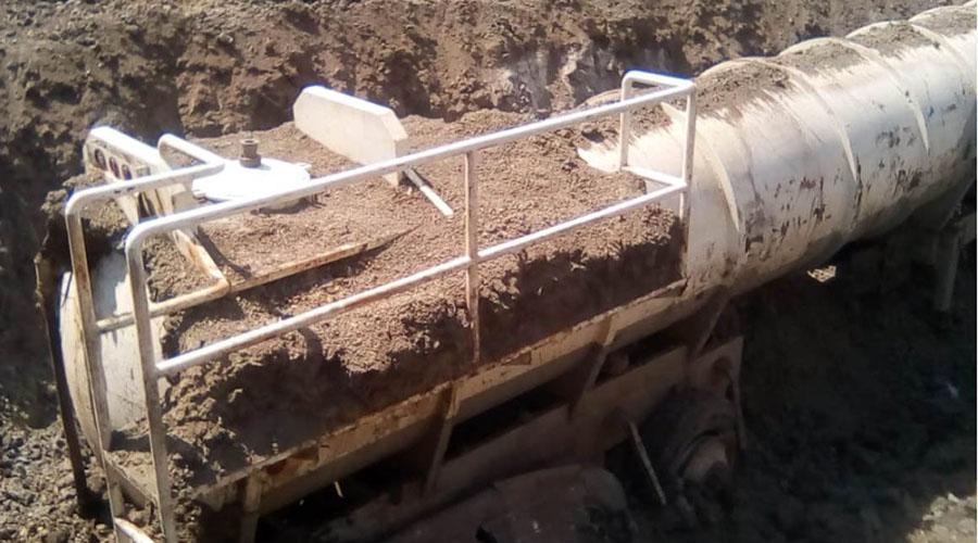 Marina asegura dos tanques enterrados con presunto huachicol en Veracruz | El Imparcial de Oaxaca