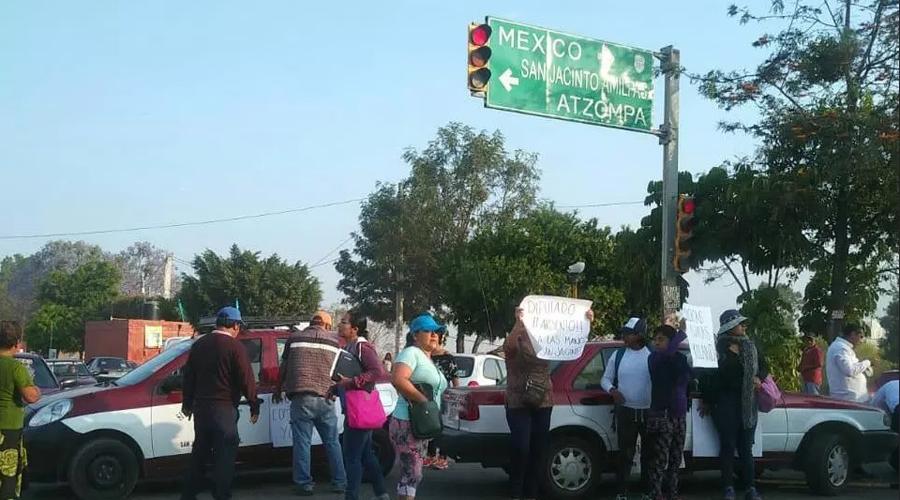 Molesta a ciudadanos  bloqueo en San Jacinto Amilpas, Oaxaca | El Imparcial de Oaxaca