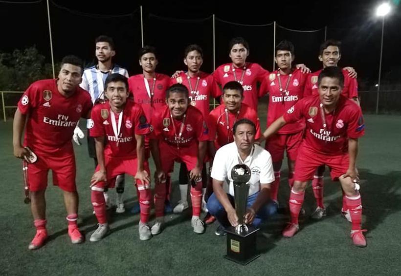 Real Mandiles, campeones del Torneo Estelar de la Liga de futbol 7   El Imparcial de Oaxaca