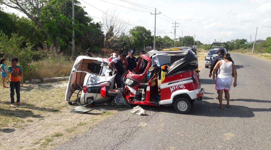 Se lesionan tres personas por choque de mototaxis en Juchitán | El Imparcial de Oaxaca