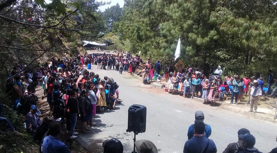 Chatinos de Yaitepec reactivan bloqueo carretero por  incumplimiento de Juquila | El Imparcial de Oaxaca
