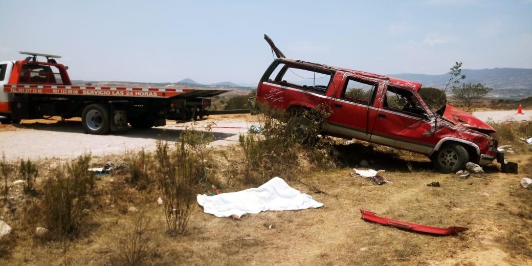 Volcadura mortal | El Imparcial de Oaxaca