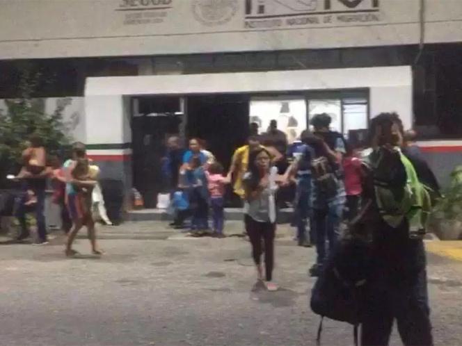 Migrantes incendian estación del INM en Tapanatepec, Oaxaca | El Imparcial de Oaxaca