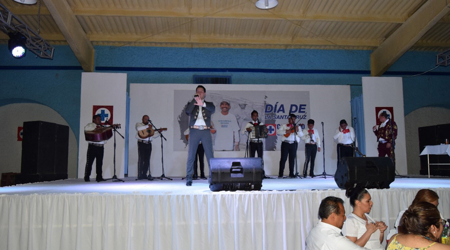 Cementeros realizan festejo en Lagunas, Oaxaca   El Imparcial de Oaxaca