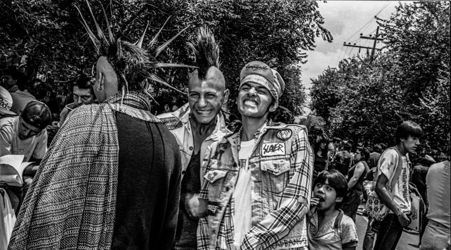 El punk está vivo, en el CFMAB, a través de 36 imágenes | El Imparcial de Oaxaca