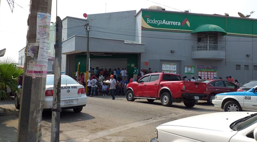 Maestros de la Costa toman transnacionales | El Imparcial de Oaxaca