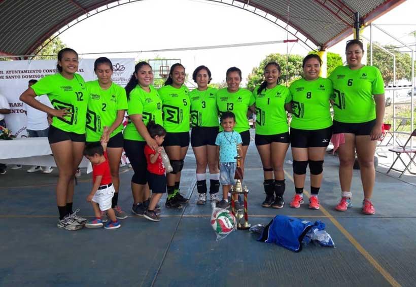 Lagartas campeonas de la Liga Municipal de Voleibol Tehuantepec 2019 | El Imparcial de Oaxaca