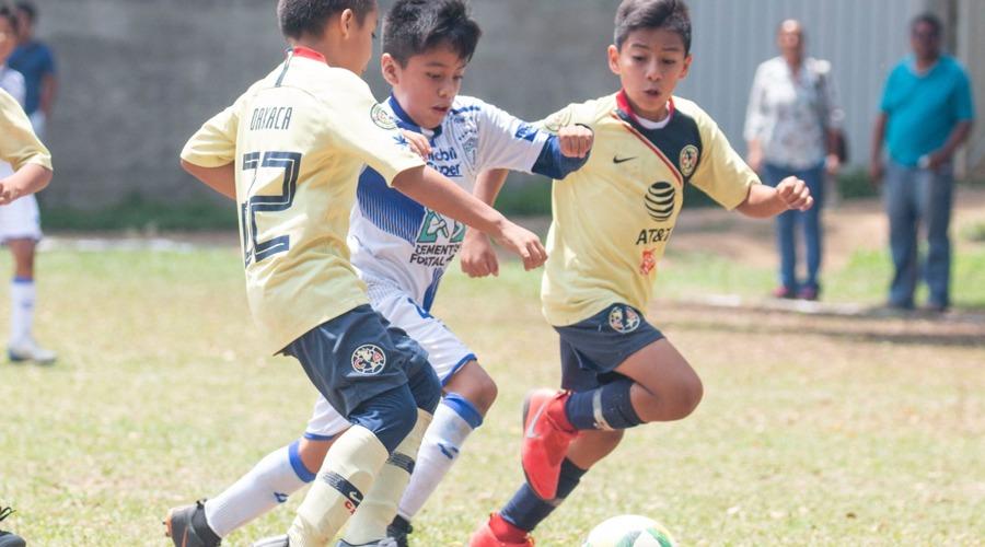 Ocho equipos se disputan la final Liga de Fútbol Infantil, Juvenil y Femenil San José de Calasanz | El Imparcial de Oaxaca