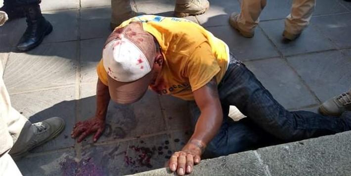 En pleno Zócalo de Oaxaca, ¡casi lo linchan! | El Imparcial de Oaxaca