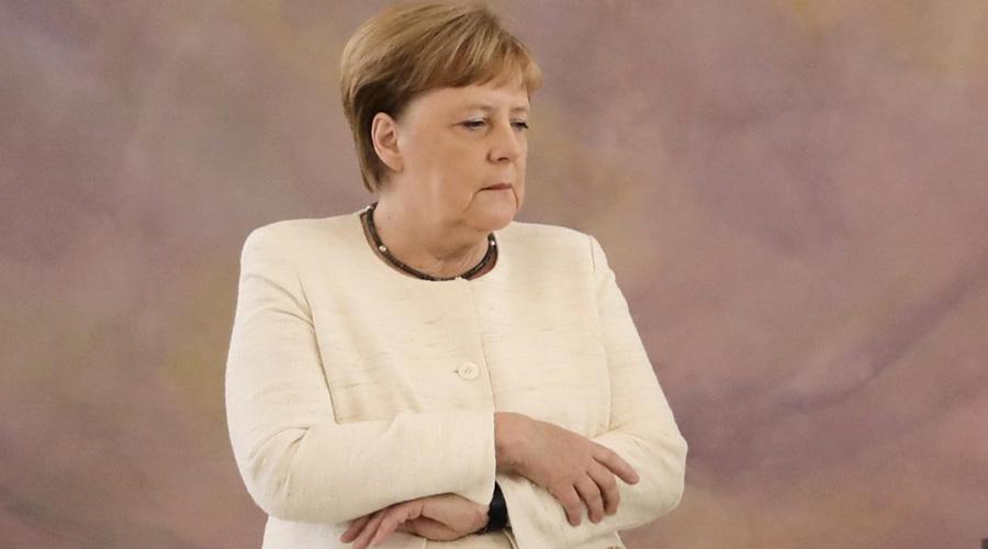 Video: por segunda vez, Merkel es captada con temblor de cuerpo; suspicacias por su salud | El Imparcial de Oaxaca