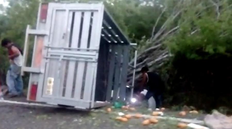 Volcadura de camioneta en Jalapa deja 4 lesionados | El Imparcial de Oaxaca