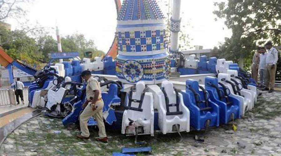 Video: juego mecánico se rompe y cae al piso en India; hay dos muertos y heridos   El Imparcial de Oaxaca