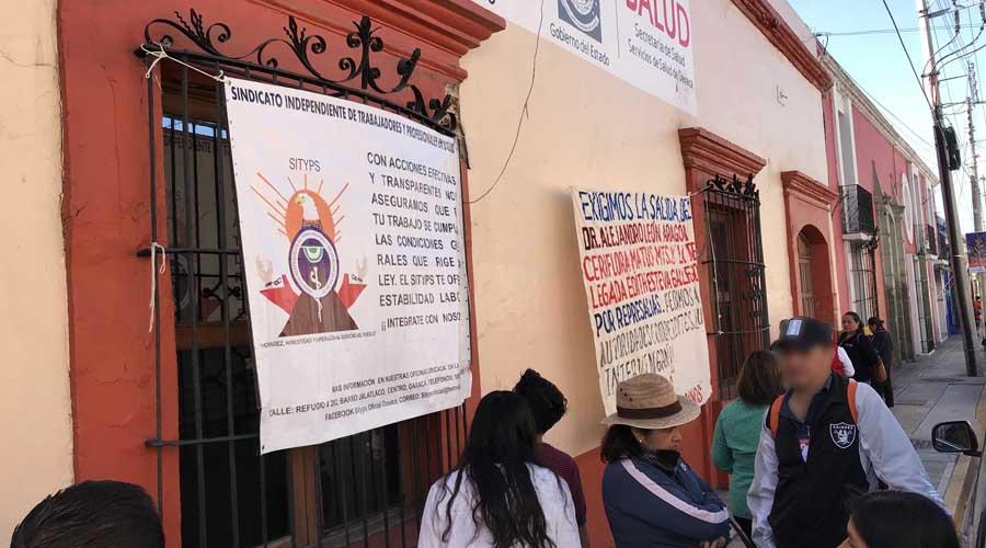 Sindicalizados toman oficinas de los Servicios de Salud de Oaxaca | El Imparcial de Oaxaca