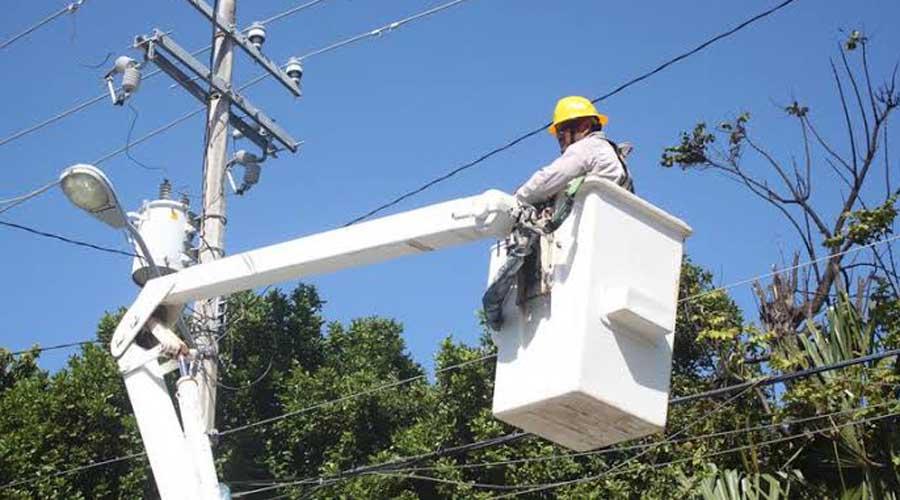 Mal servicio el sistema eléctrico en el Istmo   El Imparcial de Oaxaca