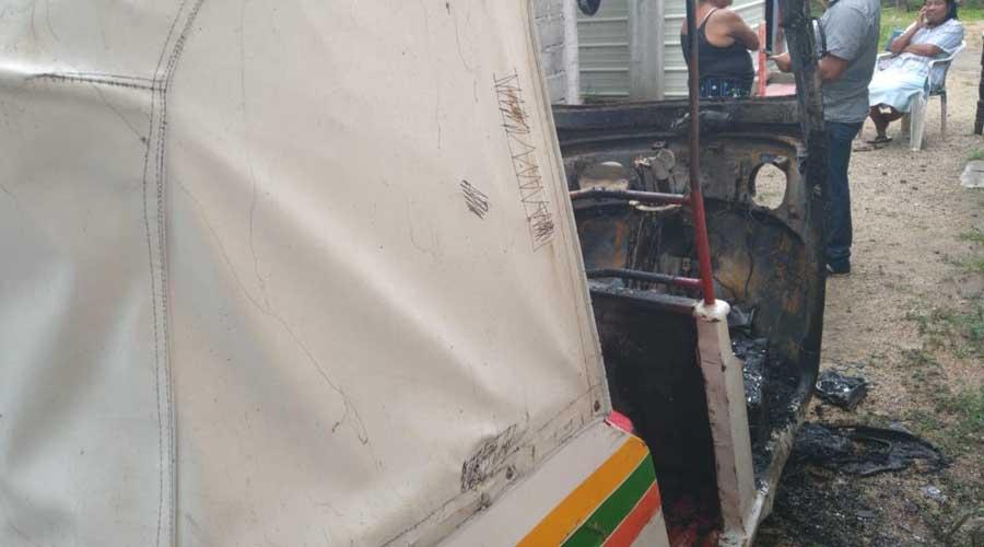 Se quema un mototaxi en Juchitán | El Imparcial de Oaxaca