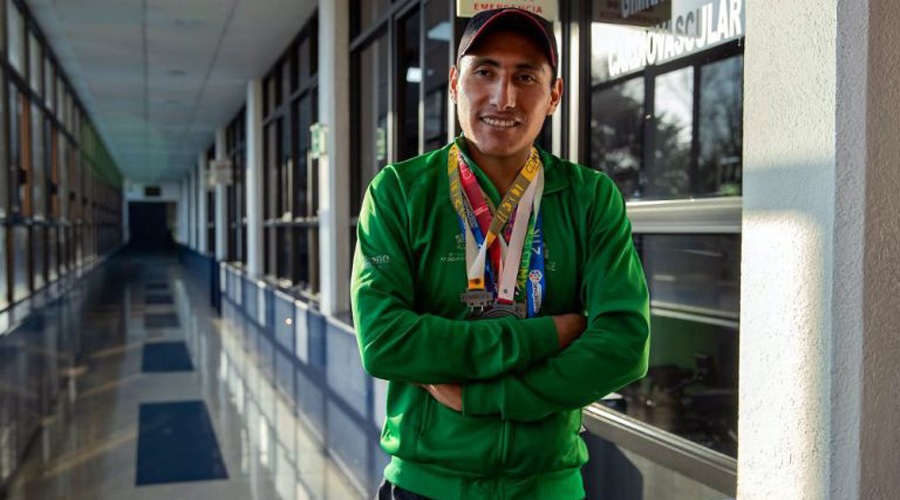 Atleta ciego que canta en el metro gana bronce en Parapanamericanos | El Imparcial de Oaxaca