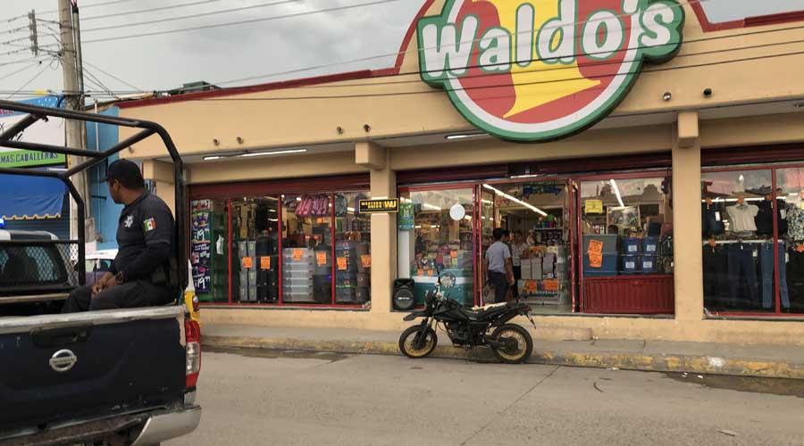 Asaltan tienda Waldos en Juchitán | El Imparcial de Oaxaca