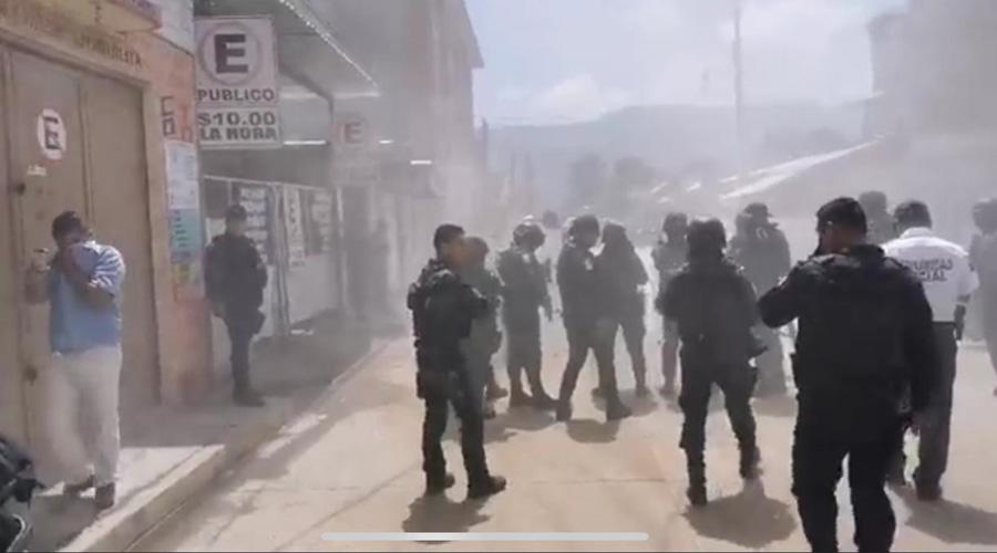 Transportistas protagonizan zafarrancho en SEMOVI | El Imparcial de Oaxaca