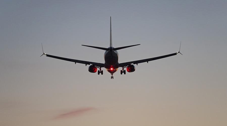 Joven se avienta de avión en pleno vuelo   El Imparcial de Oaxaca