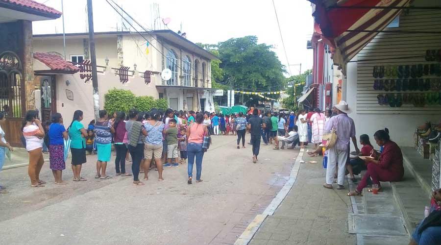 Comunidades de la Costa sufren para cobrar apoyos | El Imparcial de Oaxaca