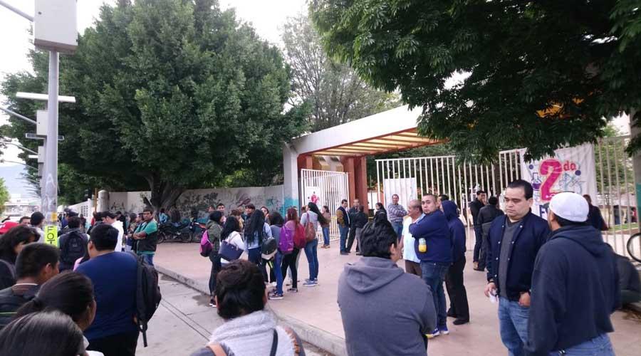 Rechaza Asamblea del STAUO toma de nota a favor de Enrique Martínez | El Imparcial de Oaxaca