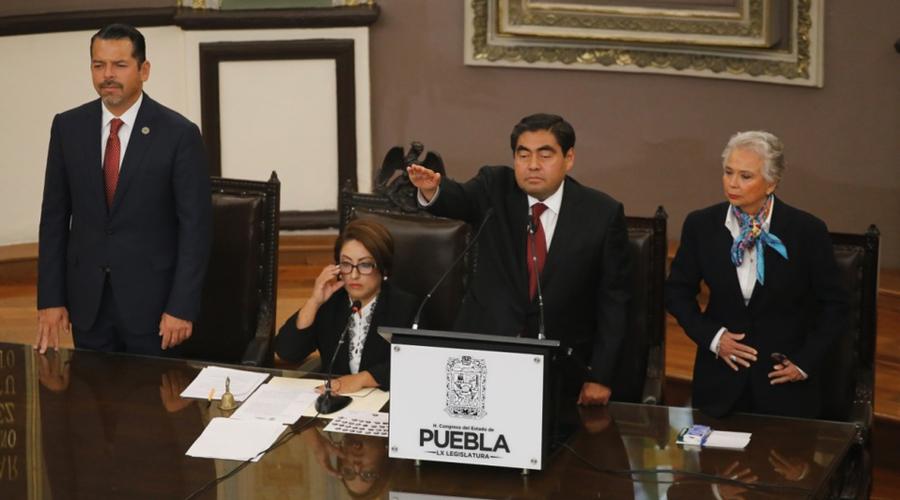 Miguel Barbosa toma protesta como gobernador de Puebla | El Imparcial de Oaxaca