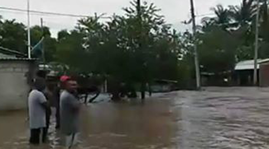 Comunidades vulnerables de la Costa de Oaxaca sufren bajo el agua | El Imparcial de Oaxaca