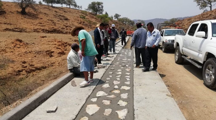 Falla SCT en meta de Caminos Rurales en Oaxaca | El Imparcial de Oaxaca
