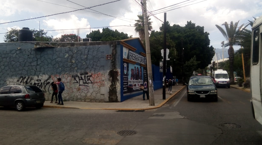 Navajean a joven en la preparatoria número seis | El Imparcial de Oaxaca