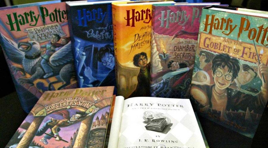 Escuela prohíbe libros de Harry Potter por tener 'hechizos reales' | El Imparcial de Oaxaca