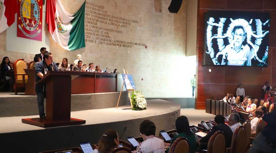 Rinden homenaje a Toledo en el Congreso del Estado de Oaxaca | El Imparcial de Oaxaca