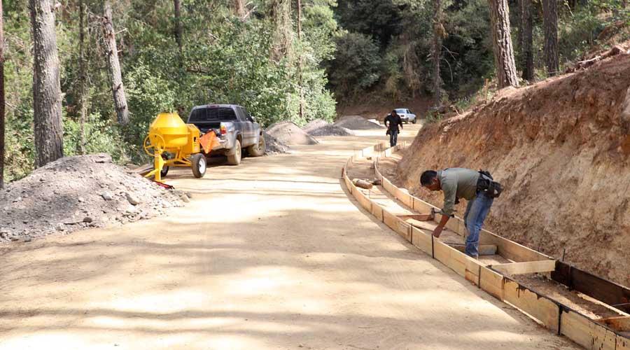 Pavimentaciones de AMLO están rezagadas en Oaxaca | El Imparcial de Oaxaca